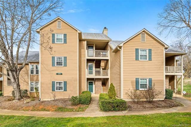 3210 Selwyn Farms Lane #7, Charlotte, NC 28209 (#3696979) :: MartinGroup Properties