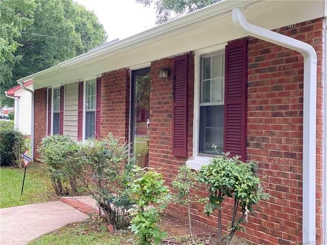 905 Dedmon Drive #4, Charlotte, NC 28216 (#3697825) :: Austin Barnett Realty, LLC