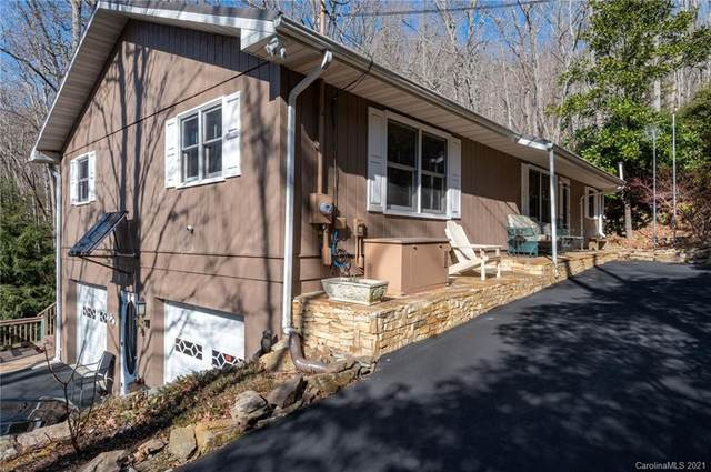 227 E Poplar Drive, Hendersonville, NC 28792 (#3698060) :: Burton Real Estate Group