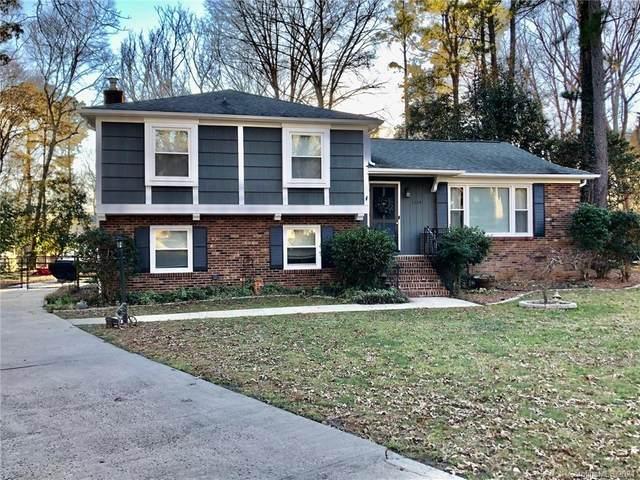 7124 Edenbridge Lane, Charlotte, NC 28226 (#3698260) :: The Snipes Team | Keller Williams Fort Mill