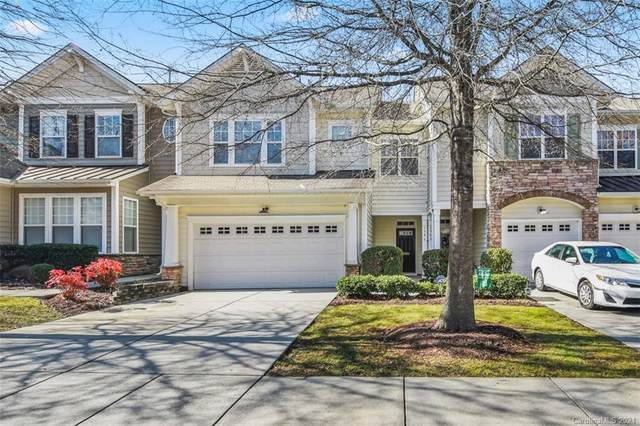 5946 Pale Moss Lane, Charlotte, NC 28269 (#3699328) :: The Premier Team at RE/MAX Executive Realty
