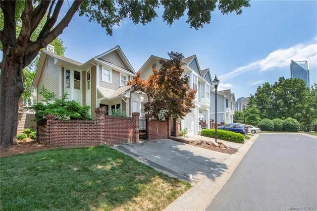 435 Clarkson Green Street, Charlotte, NC 28202 (#3699892) :: BluAxis Realty