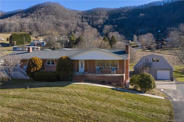 312 Evans Cove Road, Maggie Valley, NC 28751 (#3699959) :: Miller Realty Group