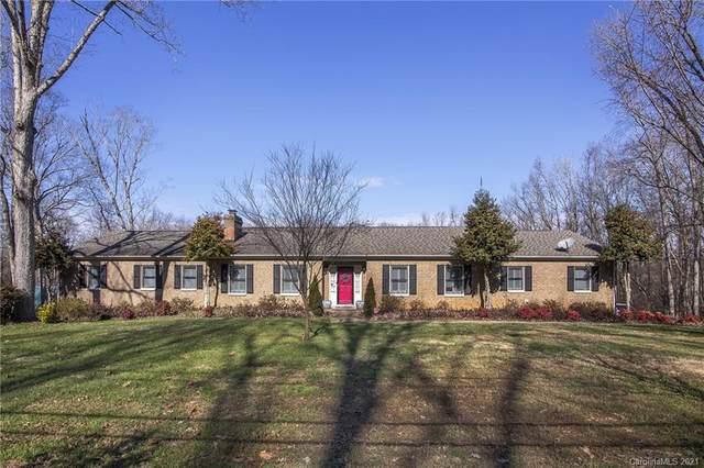 4911 Spicewood Drive, Charlotte, NC 28227 (#3700686) :: Willow Oak, REALTORS®