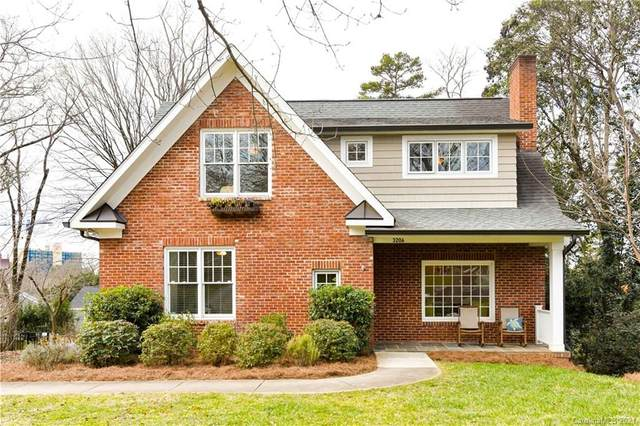 3206 Pinehurst Place, Charlotte, NC 28209 (#3700969) :: BluAxis Realty