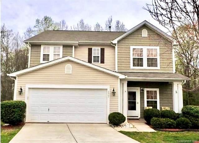 2907 Glazer Valley Court, Charlotte, NC 28214 (#3701551) :: Ann Rudd Group