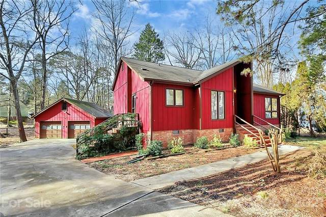 7634 Soaringfree Lane, Charlotte, NC 28226 (#3701568) :: Love Real Estate NC/SC