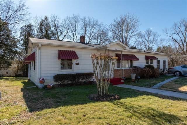 808 1st Avenue W, Hendersonville, NC 28739 (#3701669) :: Exit Realty Vistas