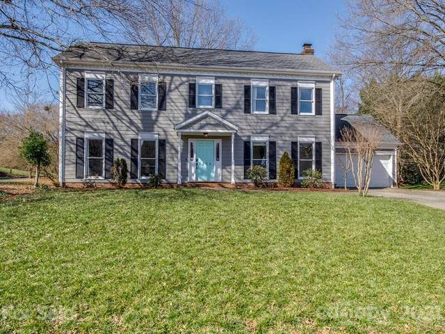 9256 Cameron Wood Drive, Charlotte, NC 28210 (#3702249) :: Burton Real Estate Group