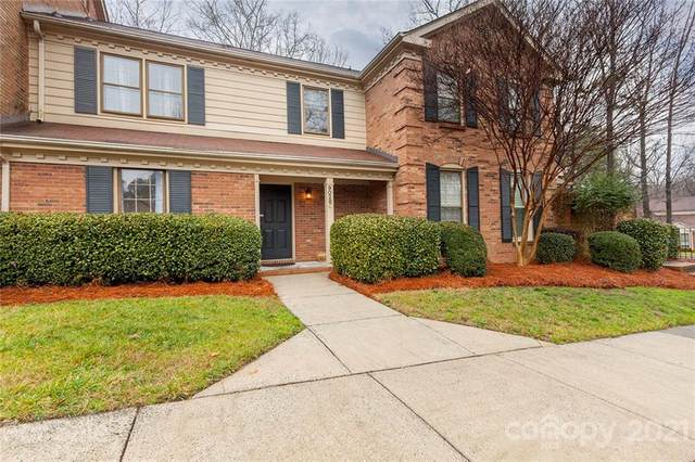 9028 Providence Colony Drive C, Charlotte, NC 28277 (#3702333) :: BluAxis Realty