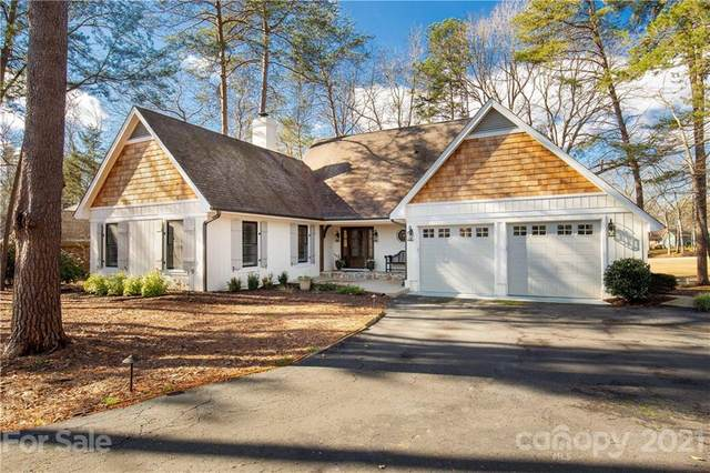 18 Old Fox Trail, Lake Wylie, SC 29710 (#3702619) :: LKN Elite Realty Group | eXp Realty