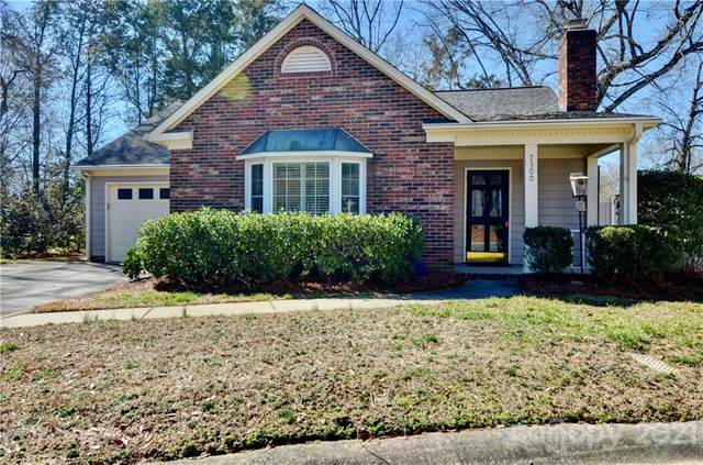 7300 Winnington Circle, Charlotte, NC 28226 (#3702898) :: Austin Barnett Realty, LLC