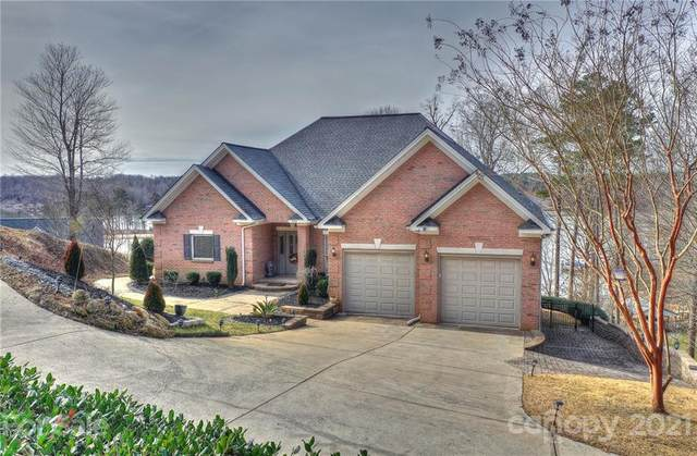 208 High Lake Drive, Statesville, NC 28677 (#3703271) :: Robert Greene Real Estate, Inc.