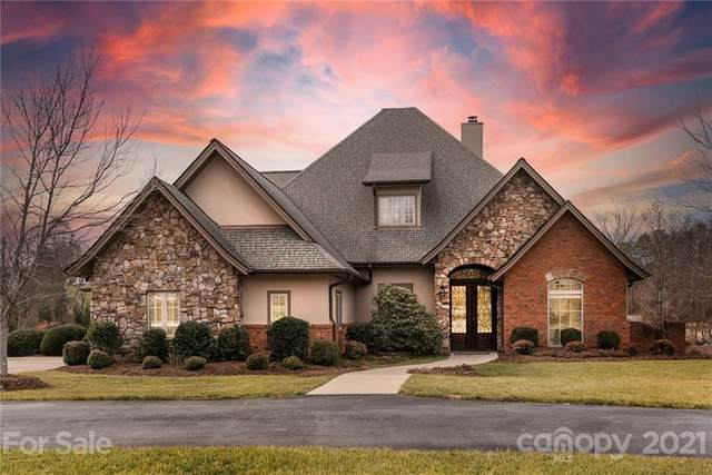 4 Tuscany Lane, Fletcher, NC 28732 (#3703340) :: Home and Key Realty