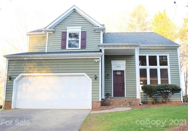 12816 Angel Oak Drive, Huntersville, NC 28078 (#3704414) :: MOVE Asheville Realty
