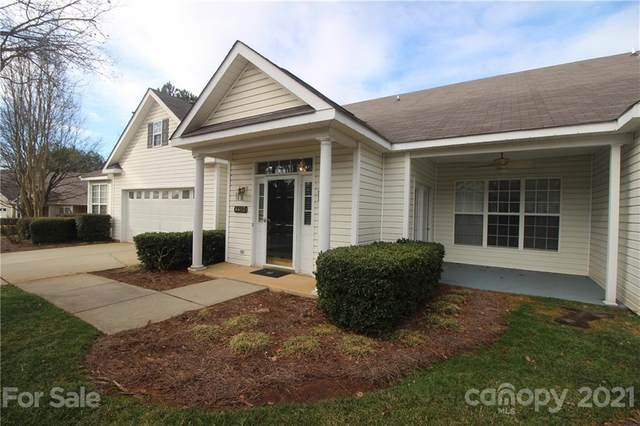 4482 Antelope Lane, Charlotte, NC 28269 (#3704723) :: MOVE Asheville Realty