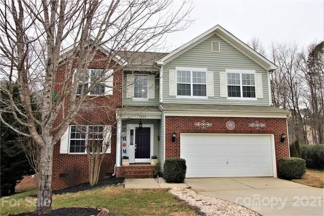 3220 Wicklow Lane, Lake Wylie, SC 29710 (#3704884) :: Love Real Estate NC/SC