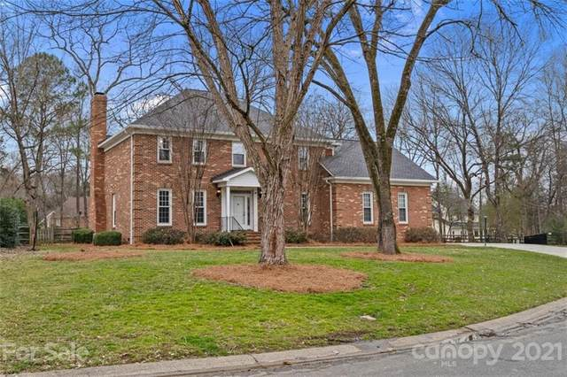 4419 Wycombe Court, Charlotte, NC 28226 (#3705521) :: Burton Real Estate Group
