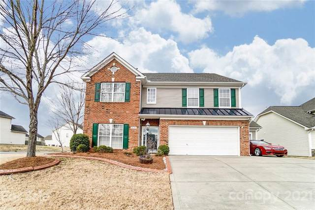 14242 Lake Crossing Drive, Charlotte, NC 28278 (#3705998) :: Home and Key Realty