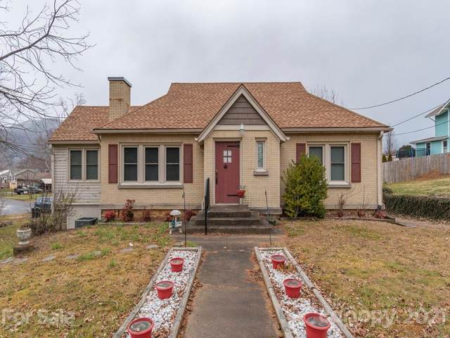 295 Brook Street, Waynesville, NC 28786 (#3706469) :: High Vistas Realty