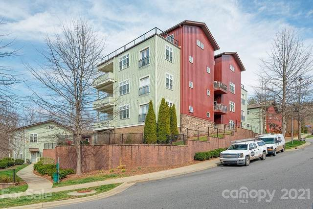 400 N Skyloft Drive #101, Asheville, NC 28801 (#3707517) :: The Allen Team