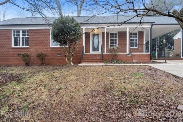 3722 Stonehaven Drive, Charlotte, NC 28215 (#3707608) :: Burton Real Estate Group