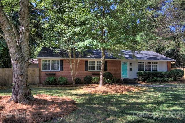 4865 Oglethorpe Place, Charlotte, NC 28209 (#3707925) :: Bigach2Follow with Keller Williams Realty