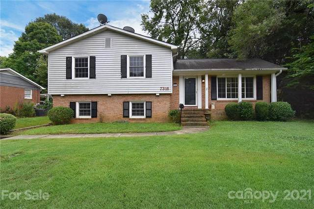 7316 Woodstream Drive, Charlotte, NC 28210 (#3708724) :: Carlyle Properties