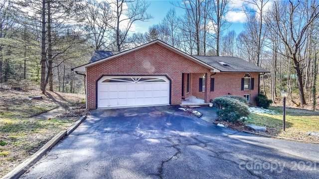 19 Loggers Run, Hendersonville, NC 28739 (#3708764) :: BluAxis Realty
