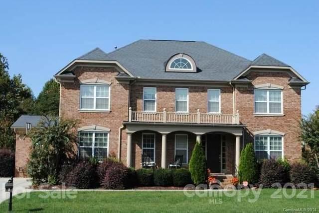 3121 Lakehurst Crossing E, Matthews, NC 28104 (#3709321) :: Love Real Estate NC/SC