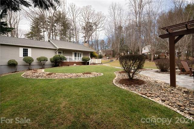100 Circle View Drive, Hendersonville, NC 28792 (#3709528) :: LKN Elite Realty Group | eXp Realty
