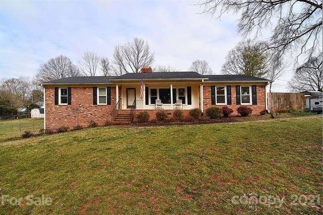 320 Brooklain Drive, Charlotte, NC 28214 (#3710592) :: Bigach2Follow with Keller Williams Realty