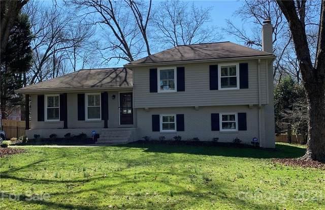 7639 Bedfordshire Drive, Charlotte, NC 28226 (#3711143) :: Love Real Estate NC/SC