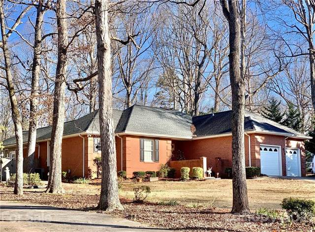 816 White Oaks Circle, Monroe, NC 28112 (#3711216) :: The Ordan Reider Group at Allen Tate