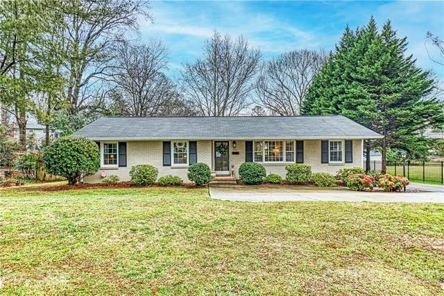 1314 Ashbrook Place, Charlotte, NC 28209 (#3711329) :: Burton Real Estate Group