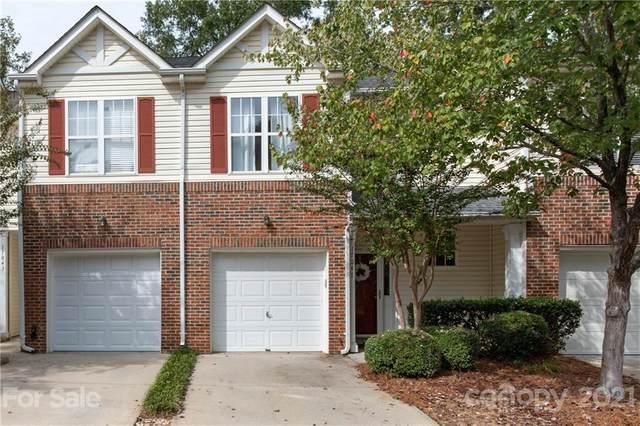 17047 Commons Creek Drive, Charlotte, NC 28277 (#3711593) :: Scarlett Property Group