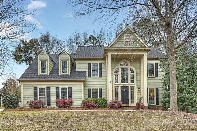 9016 Cameron Wood Drive, Charlotte, NC 28210 (#3711624) :: Burton Real Estate Group