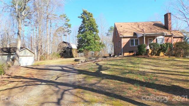 2476 Robinson Road, Newton, NC 28658 (#3711628) :: Home and Key Realty