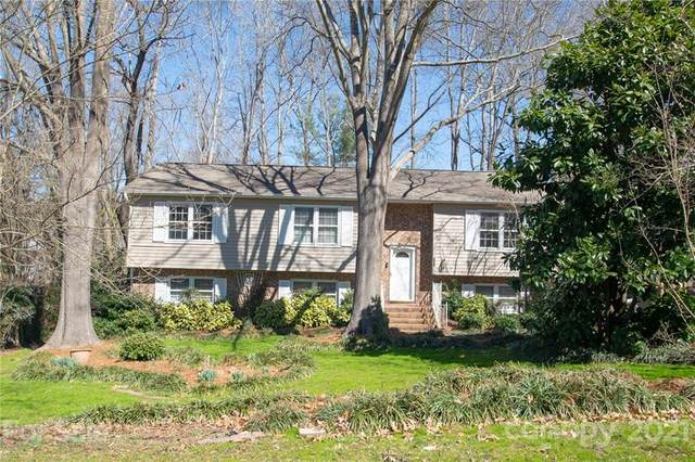 7420 Castlebar Road, Charlotte, NC 28270 (#3711630) :: Home and Key Realty