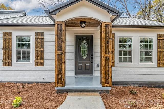 2017 Willis Drive, Shelby, NC 28152 (#3711743) :: Stephen Cooley Real Estate Group