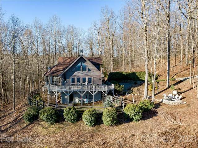 828 Faircrest Lane, Hendersonville, NC 28739 (#3711915) :: The Snipes Team | Keller Williams Fort Mill