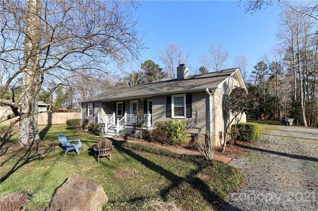 10503 Knox Avenue, Matthews, NC 28105 (#3711981) :: Bigach2Follow with Keller Williams Realty
