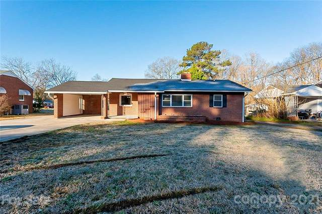 1054 Memorial Park Road, Lancaster, SC 29720 (#3711988) :: High Performance Real Estate Advisors