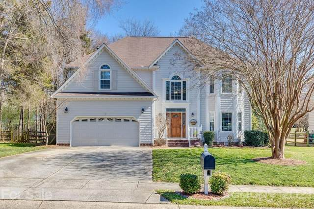 4815 Poplar Grove Drive, Charlotte, NC 28269 (#3712567) :: The Ordan Reider Group at Allen Tate
