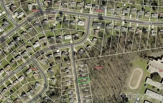 1826 Mcdonald Street, Charlotte, NC 28216 (#3712751) :: Johnson Property Group - Keller Williams