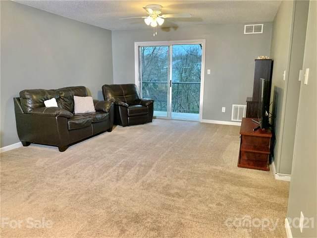 7988 Shady Oak Trail, Charlotte, NC 28210 (#3713017) :: Robert Greene Real Estate, Inc.