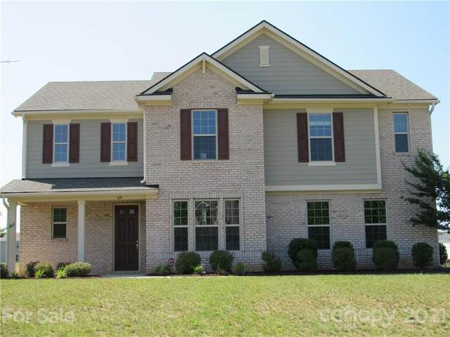 610 Blaise Court, Matthews, NC 28104 (#3713046) :: Rowena Patton's All-Star Powerhouse