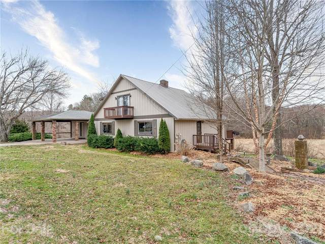 224 W Wynnbrook Drive, Hendersonville, NC 28792 (#3713486) :: Caulder Realty and Land Co.