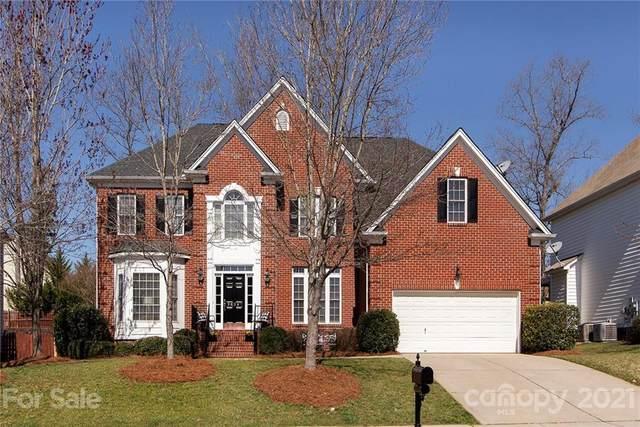 9826 Hobbitshire Lane, Charlotte, NC 28269 (#3713793) :: Love Real Estate NC/SC