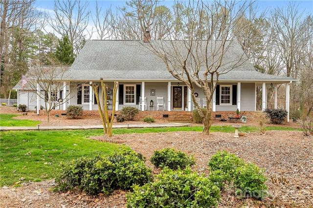 4332 Torry Pines Drive, Mint Hill, NC 28227 (#3714088) :: The Premier Team at RE/MAX Executive Realty